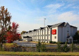 Econo Lodge Inn And Suites Greenville